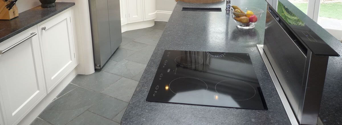 expert hob and extractor cleaning in West Bridgford Nottingham